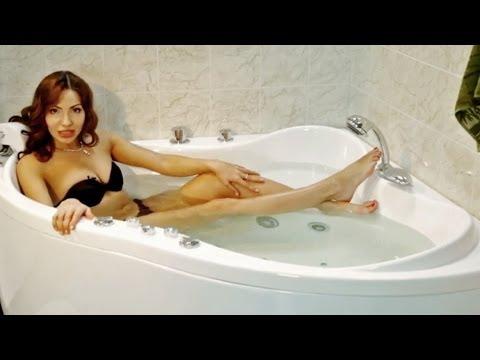 Угловая акриловая ванна с гидромассажем Тритон Медея