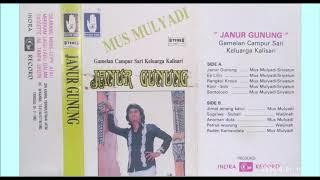 Download Lagu Kicir - kicir  / Mus Mulyadi & Sriyatun mp3
