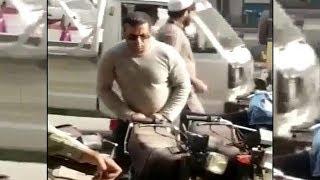 Salman Khan का 'हूबहू' दिखाई दिया Pakistan के Boltan Market में | Karachi |  देखिए Viral Video