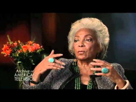 Nichelle Nichols on how Dr. MLK, Jr. dissuaded her from quitting Star Trek - EMMYTVLEGENDS.ORG