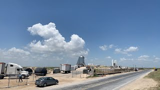 LIVE - RAPTOR INSTALLING ON STARHOPPER AT SPACEX BOCA CHICA
