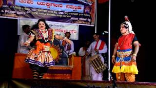 Yakshagana in Thulu Bengada Manthravadi Padya Karunakar Kashipatna Paathradari Manoharkumar And Jaga