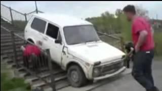 ВАЗ это машина   Приколы видео(В этих видео подборках покажем вам мир глазами любителей автомобиля ВАЗ. Жигули -