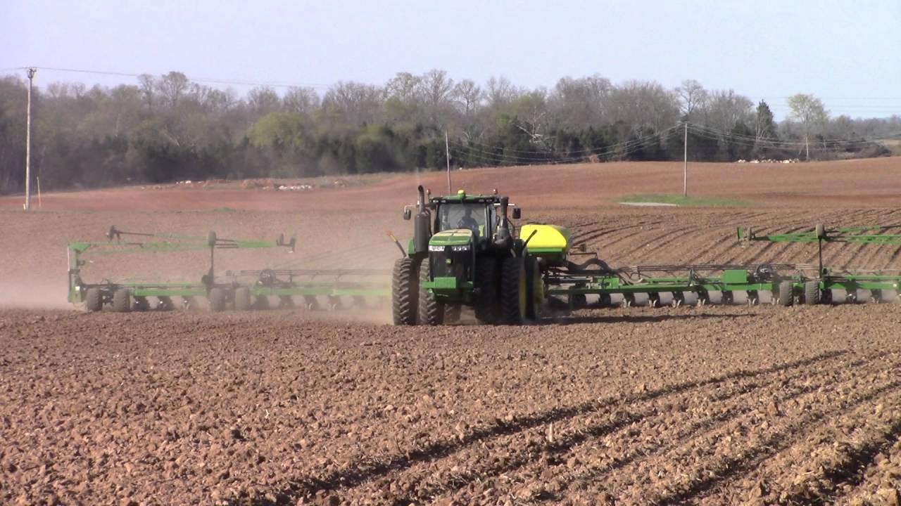 John Deere 9470r 4wd And 36 Row Db90 Corn Planter Youtube
