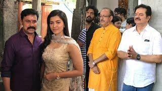ദിലീപ് നടിയുടെ കൂടെ അമ്പലത്തില് വന്നപ്പോള് | Dileep in Kochi temple | Movie pooja