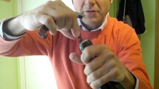 Cómo abrir una botella de vino. Sacacorchos de dos tiempos