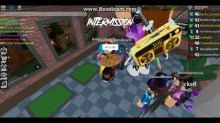 Ho incontrato Mrmitch361 in assassino di roblox!