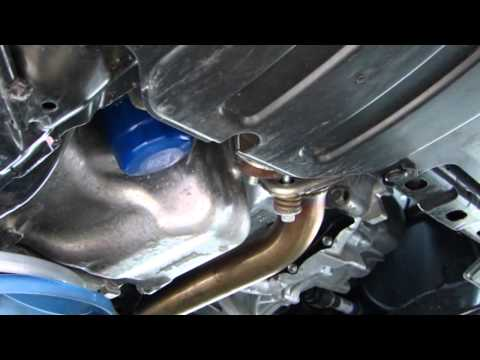 Changing the oil on the 2011 Honda Civic LX Part 1 of 2