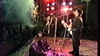 Виктор Цой и группа Кино - Перемен  Донецк. 03.06.1990.AVI