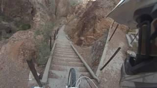 Descenso por escaleras Dique Florentino Ameghino
