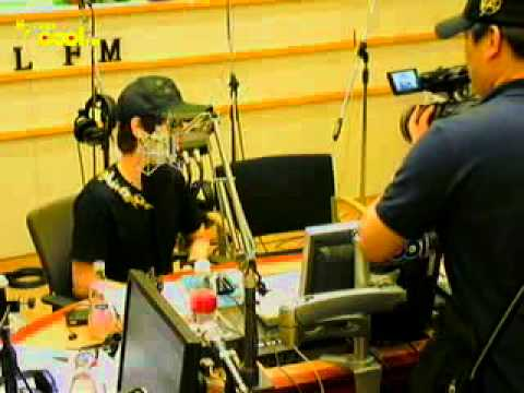 [cut] 110520 Yesung's interview with Taiwanese TV broadcasting @ Kiss The Radio