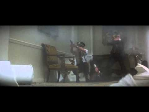 Superman II Richard Donner Cut. Zod trashes the White House