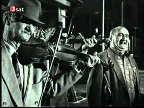 Taraf De Haidouks - Balkan Gypsy Folk  Music