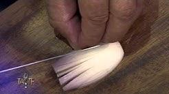 Profi-Tipp: Zwiebeln schneiden | The Taste Folge 4