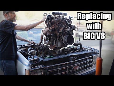 S10 V8 Swap: The V6 comes out to make way for the V8!!!