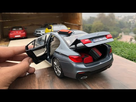 Unboxing of Mini BMW 5 Series (G30) 1/18 Diecast Car | Miniatures by BMW Lifestyle