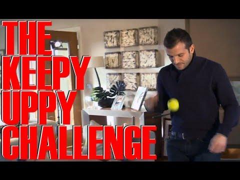 Rafael Van Der Vaart keepy uppy | FATV Challenge