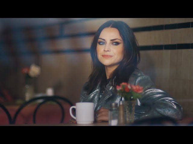 Amy Macdonald - Fire (Official Video)