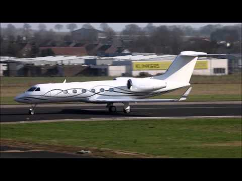 Lot` s of VIP Private Jets, Gulfstream 4 and a friendly waving pilot