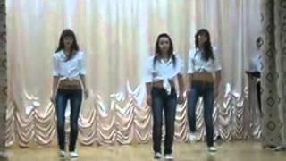 танец под новый год 10 класс девчонки молодец хорошо танцуют