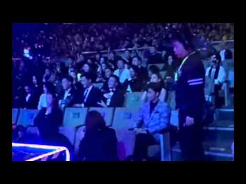 iqiyi screaming night 2016 - zanilia zhao and wallace huo cut
