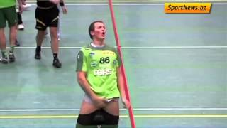 Handball Player Freaks Out After Opponent Kisses Him thumbnail