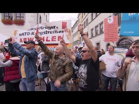 """Busreise zur """"Kanzlerin der Schmerzen"""": Wutbürger gegen Merkel"""