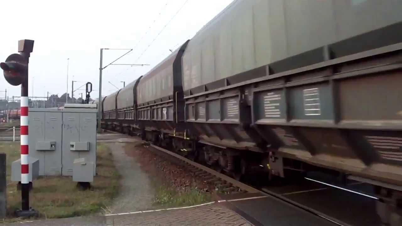 Class66 Power!!! Pull/Push Train With 2 Class 66 Diesel Locomotives ...