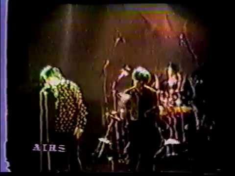 Primal Scream - Live in London 1987