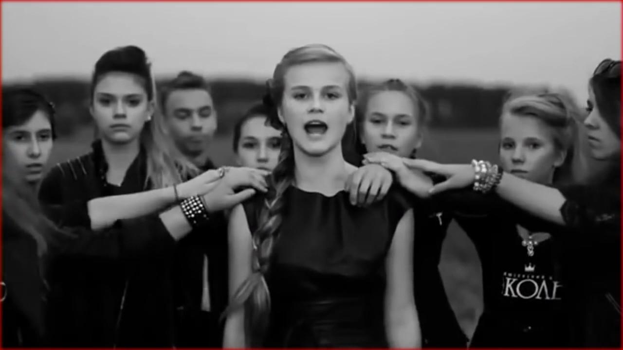 Дарья Волосевич исполняет песню «Кукушка» Виктора Цоя