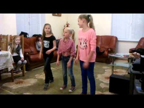 Классный танец на день рождения мамы