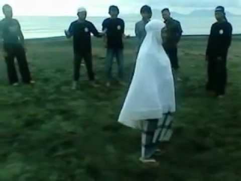 ALHIKMAH - PROTEKSI MUSLIMAH