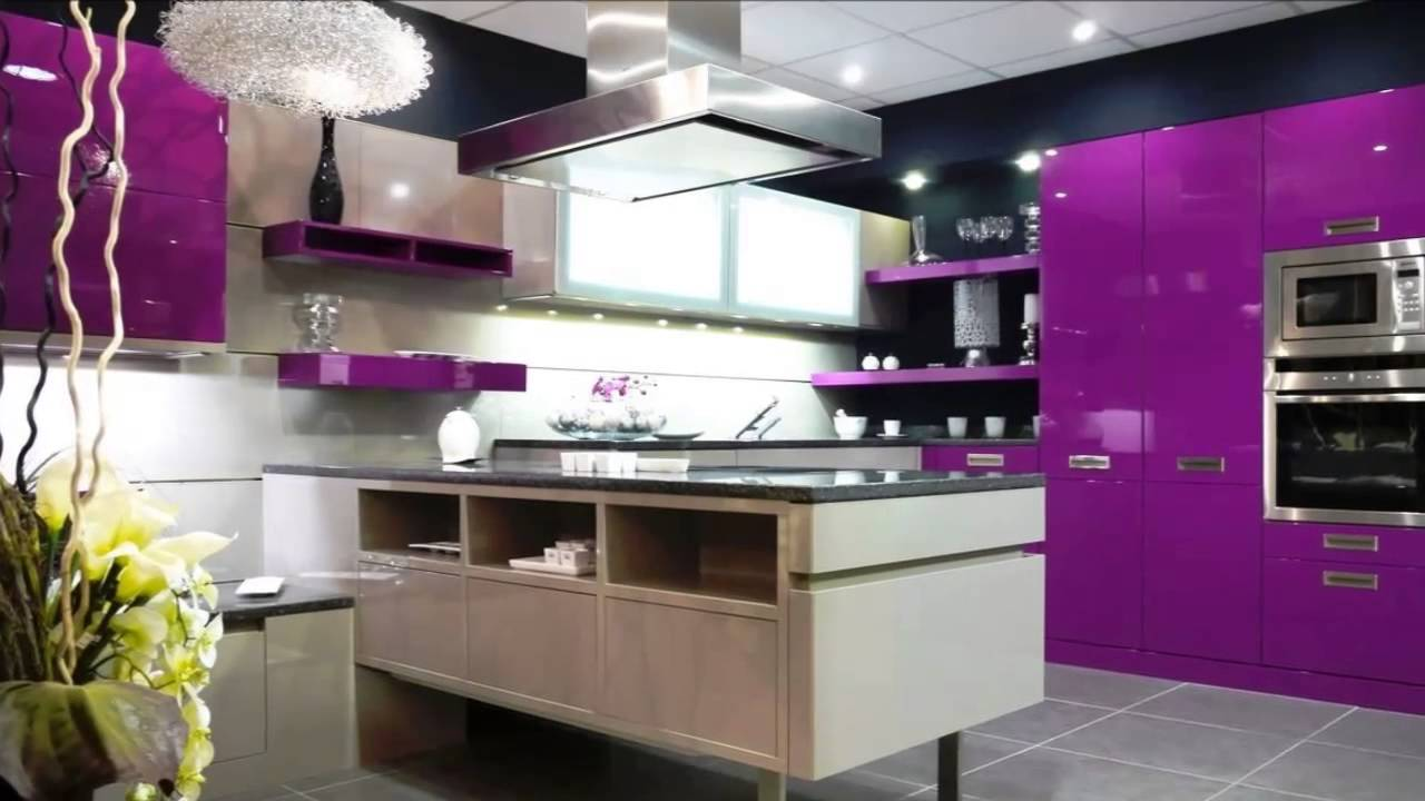 Cocinas color morado youtube Muebles de cocina modernos color blanco