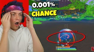 this 0.001% chance bug happened to me in fortnite... (so sad)