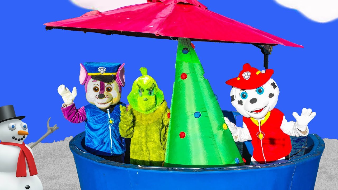 the-grinch-takes-present-from-the-paw-patrol-lookout-tower-with-the-vampirina-and-pj-masks