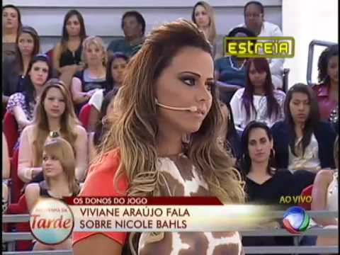 Viviane Araujo enfrenta o quadro Donos do Jogo #arquivo