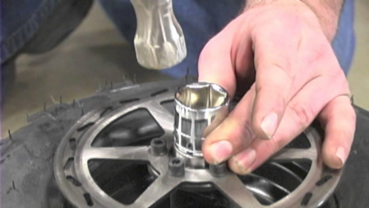 MBx10 - Replacing Wheel Bearings - YouTube