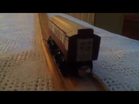 Thomas Wooden Railway Review: Bootleg Old Slow Coach