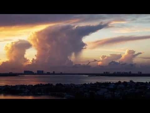 Timelapse sunset in Cancun, Mexico