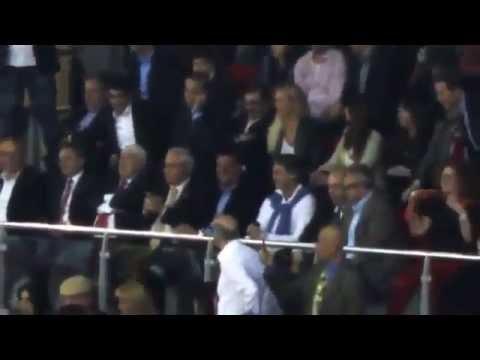 Roberto Mancini-Galatasaray Taraftarına Eşlik Ediyor