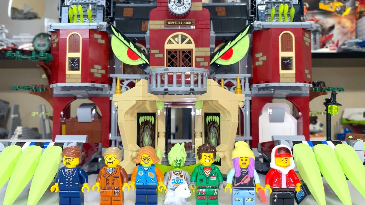 LEGO Hidden Side 70425 Newbury Haunted High School Review!