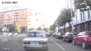 28 08 2013 Нарушения правил парковки создание заторов на дороге Минск