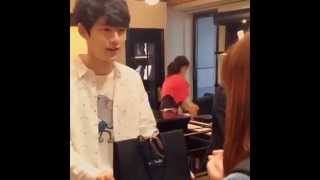 2015年4月11日、ポール・スミス渋谷店で、メンズノンノモデルが1日ショ...