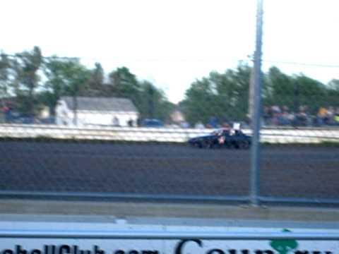 Warren County Speedway Heat Race 99c May 1, 2010
