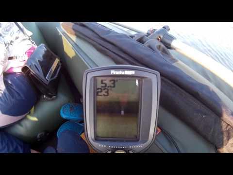 Эхолот Humminbird PiranhaMAX 20 поиск рыбы
