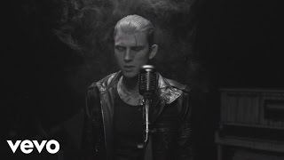 Repeat youtube video Machine Gun Kelly - Spotlight ft. Lzzy Hale