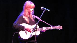 Lucy Rose - First (Club Chocolate - Santiago, Chile)