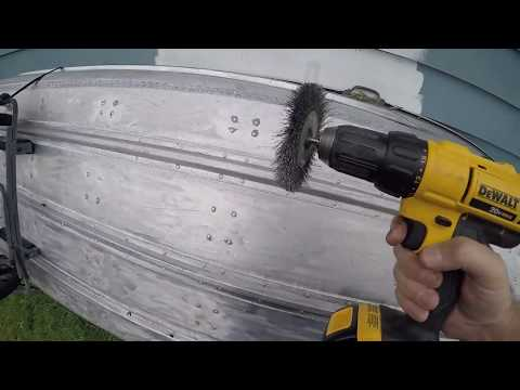 How To Clean And Reseal Aluminum Boat