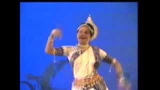 Mukhari Pallavi - Sanjukta Panigrahi (Odishi)