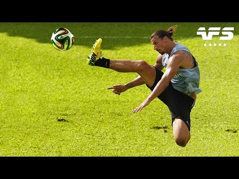 Zlatan Ibrahimovic ⚽️ Craziest Skills & Goals in Training